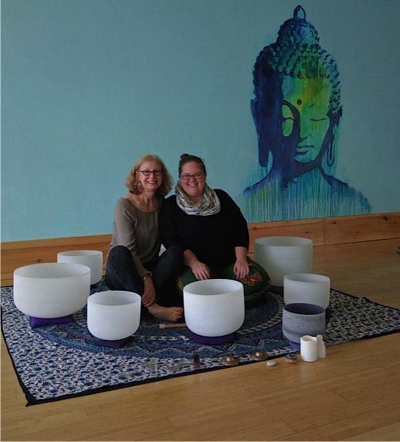 Singing Bowls and Reiki in Yoga Lila Montauks' studio